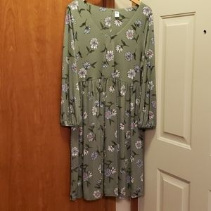 Old Navy Umpire Waist Dress